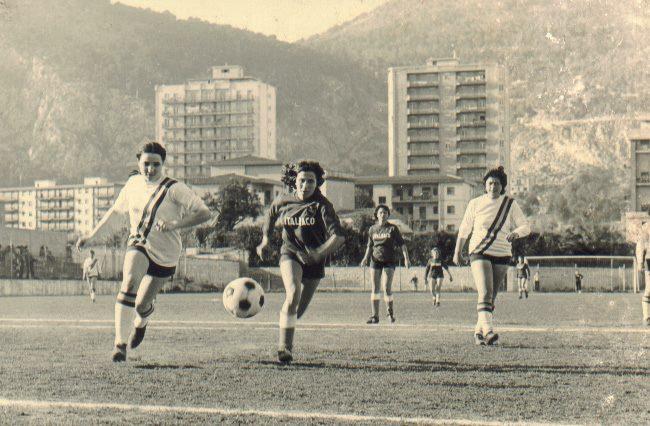 Le donne che sfidarono a calcio il fascismo