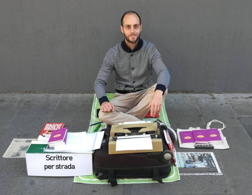 Io, laureato che vivo scrivendo in strada