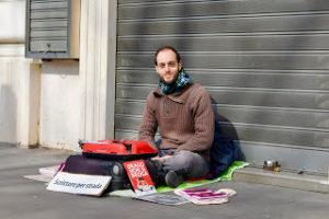 Scrittore per strada