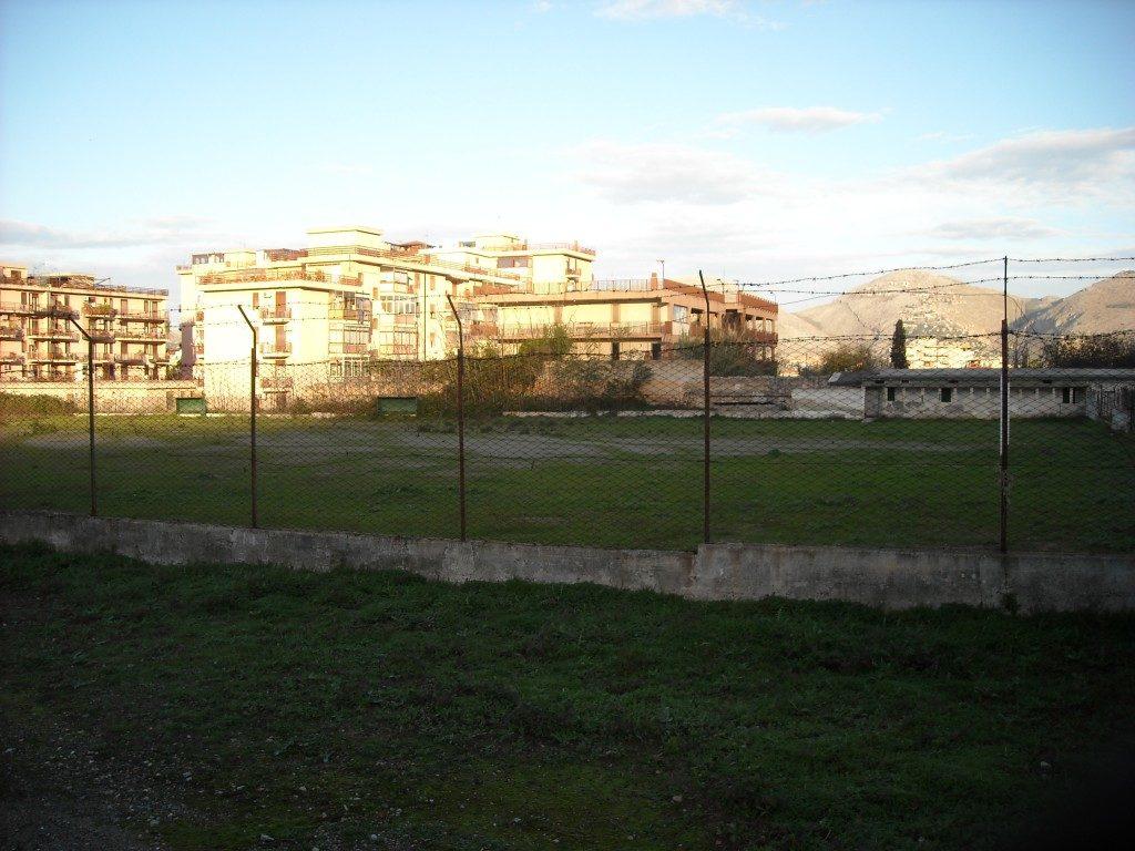 Palermo che ha ucciso i campi di calcio