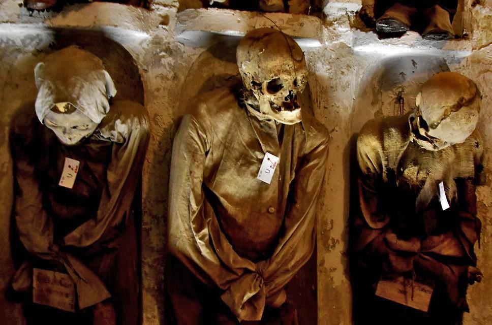 Le catacombe dei Cappuccini e la storia della piccola Rosalia